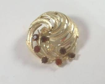 Vintage Gold Amber Rhinestone Brooch Pin - Large  Round Swirl Costume Jewelry Brooch 1960s