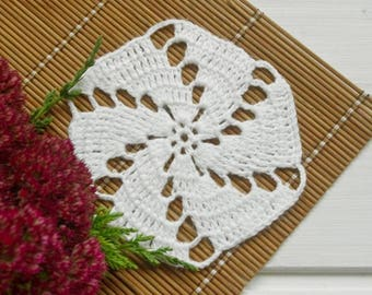 White doily Small crochet doilies Round lace doily Simple crocheted doily Crochet coaster Cotton coaster 401
