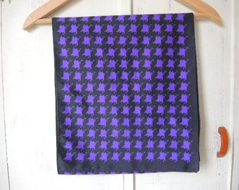 Vintage 1990s scarf polyester purple and black houndstooth plaid 12 x 54 inches