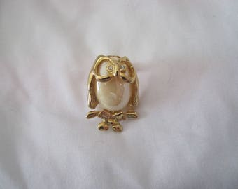 Owl pin brooch, vintage pin brooch