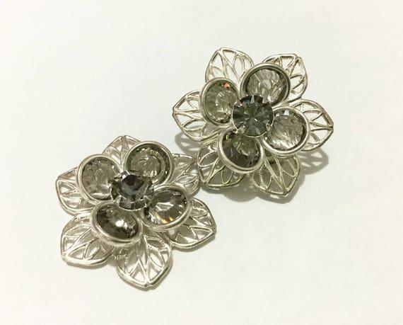 Silver Floral Filigree Earring Swarovski Crystal Black Diamond Gray Rhinestone 22mm Titanium Allergenic Post Flower Minimalist Stud Jewelry