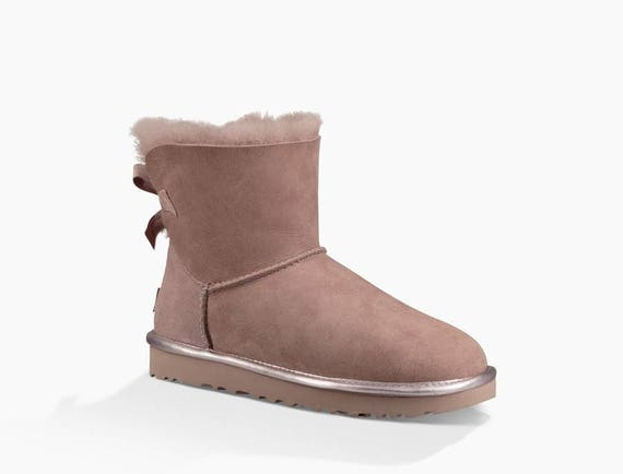 Custom Crystal Pink Bailey Bow Boots Metallic UGG Mini Short Glitter Blush Pink Dusk w/ Swarovski Winter Glass Slippers Shoe Rhinestone Gift