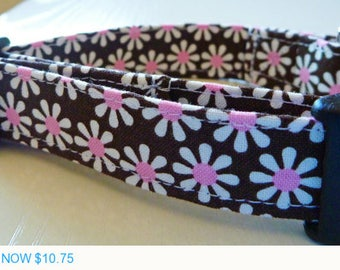 """Sale - 50% Off Chocolate Brown and White & Pink Daisies Dog Collar - """"Chocolate Daisies"""" - Free Colored Bu"""