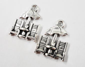 Beach Furniture Charms 19x14mm Antique Silver Patio Furniture Pendants, Beach Chair Charms, Beach Charms, Summer Charms, Metal Charms, 10pcs