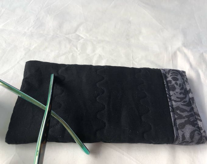 Padded soft sided glasses case, Quilted fabric easy open close sunglasses case, Cushioned eyeglass case, Pinch open close sunglass case