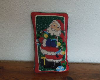 "Vintage Christmas Santa Claus Needlepoint Throw Pillow Midwest Cannon Falls 12""x7"""
