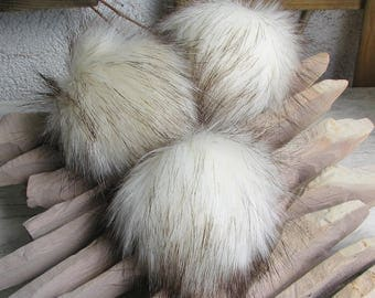 Faux fur Pom pom Beige Cream Fur Pom Pom for knit Hats Soft Detachable pompom
