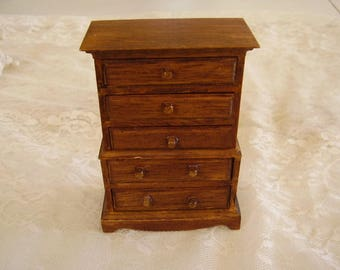 Vintage DOLLHOUSE Wood DRESSER/5 drawer
