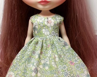 BLYTHE doll Its my party dress - LIBERTY June's Meadow green