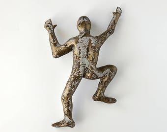 Abstract Metal Wall Art sculpture, Climbing man sculpture, wire mesh sculpture, 3d design