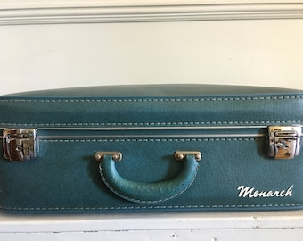 Vintage Monarch Suitcase, 50's or 60's Blue Leather Suitcase, Retro Luggage, Vintage Luggage