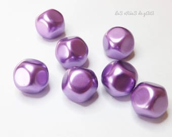 7 x purple iridescent and opaque resin beads