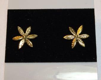 14K  Flower Earrings - Pierced