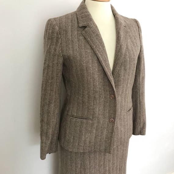 Vintage tweed suit 1980s does 40s brown grey wool jacket with straight skirt UK 14 WW2 style pleated skirt