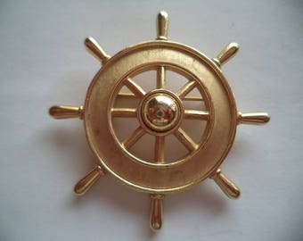 Vintage Signed Trifari Brushed Goldtone Ships Wheel Brooch/Pin