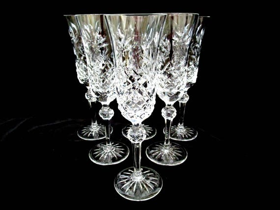 Set of 6 Wedgewood Sovereign Champagne Flutes, Glasses, 8 1/2 Inches, Florals and Berry Pattern, Excellent Condition