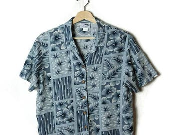 Vintage Grayish Pale Blue Hawaiian Slouchy Blouse from 90's/Hawaiian Shirt*