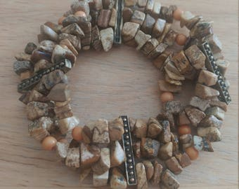 Lovely Vintage Brown Stone Chip Stretch Bracelet