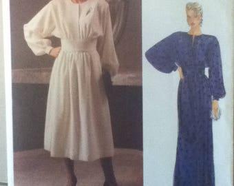 "Vogue American Designer Dress Pattern 1435 Size: 12, Bust 34"", Waist 26"", Hip 36"""
