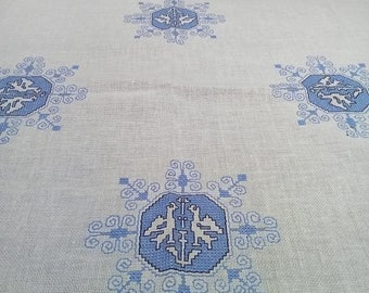 Summer sale -20% White Cotton Tablecloth. Embroidered table cloth. Blue embroidery. Swedish vintage 1970s.