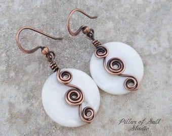 Wire wrapped earrings - copper earrings - Wire wrapped jewelry handmade earrings - copper jewelry - white mother of pearl