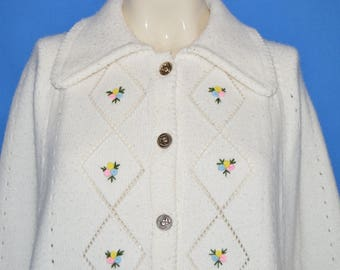 70s Fashionelle White Cape Sweater Women's One Size Fits All