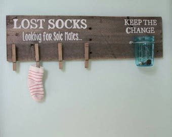 Reclaimed wood Laundry Room Sign, Farmhouse Style, Lost Socks Looking for Sole Mates, Keep the Change, Cottage Chic, Wall Decor