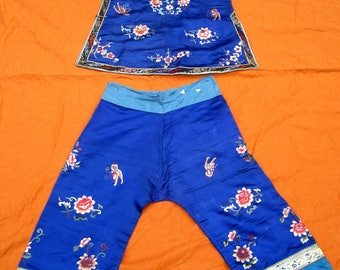 1920's Antique Chinese silk embroidered short robe & pants