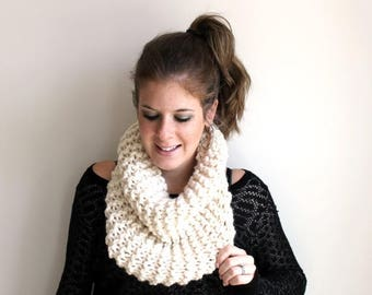 SALE Scarf Cowl Knit Chunky Fisherman - Sotterley Cowl