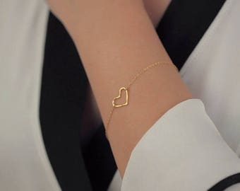 ON SALE Open gold vermeil heart charm - 14k gold filled bracelet - simple everyday jewelry