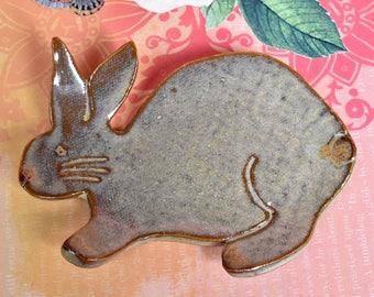 Rabbit spoon rest. Ceramic bunny spoon rest. Spoon rest. Bunny ring holder. Rabbit trinket dish. Bunny jewelry holder. Rabbit teabag holder.