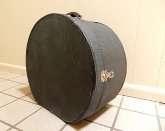 Vintage Black Hat Box