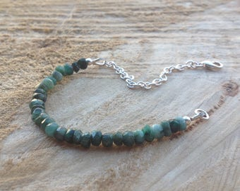 Emerald bracelet/raw emerald jewellery/ombre emerald bracelet/may birthstone/may birthday/Sterling silver/wife gift/gift for her