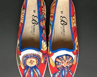Hand Painted Canvas Shoes size US 6.5-7 / EU 37 Flower Ribbon Motif