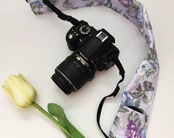 Lavender and Gray Floral Camera Strap Cover, Floral Camera Strap, Padded Camera Strap, Gift for Her, Gift Under 20, Photography, Gift Idea