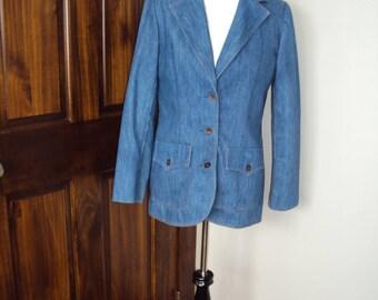 1970s Womens Medium Wash Denim Koret City Blues Blazer Size Small- Medium /Denim Blazer/Fitted Denim Jacket/Denim Bronze Buttons/Retro Denim