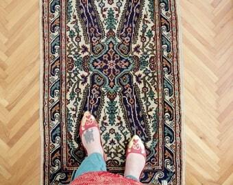 Vintage Rug // 119x68 cm Mat Rug // Doormat Rug // Entryway Rug //  Area Rug // Vintage Hand Knotted Wool Rug