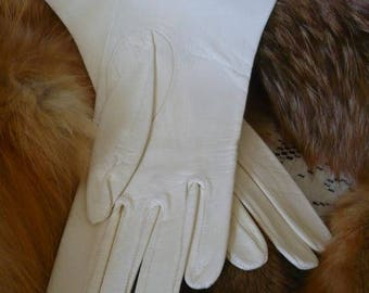 White Kid Leather Gloves Wedding White 1940's 1950's Excellent Condition, Never Worn #22