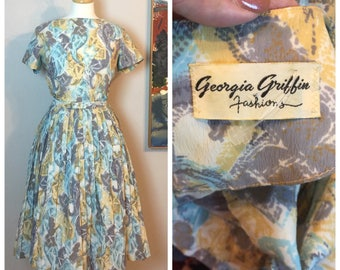 Vintage Fit and Flare 50's 50's Day Dress