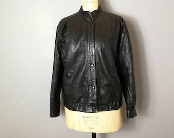 Vintage black leather jacket / 80s women's leather jacket / boho retro biker jacket / real leather jacket size 12