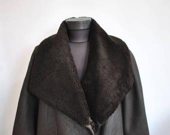 Vintage OVERSIZE LAMBSKIN women's coat , winter women's coat , fashion coat...............(465)