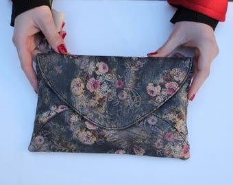 Sligo Clutch Floral 21 Print Leather