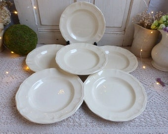 Set of 6 Antique french creamware ironstone soup plates. Scallop edge creamware soup plates. Jeanne d'Arc living. Gustavian home decor