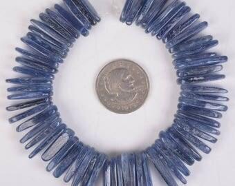 "U2294 20mm to 26mm Blue Kyanite chips sticks loose gemstone beads 8"" 108g"