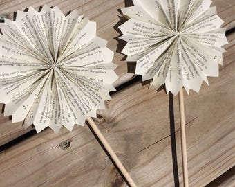 Harry Potter Paper Fans- Paper Pinwheels-Cupcake Toppers-Harry Potter Birthday Party-Literary Classroom Decor-Harry Potter Wedding