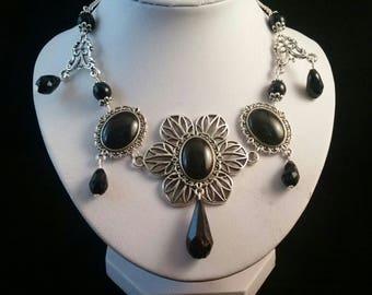 Dark Flower necklace