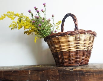 Summer Woven French Willow Wicker Basket / French decor /French kitchen / Boho chic/ French country/ Rustic Wedding