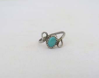 Vintage Southwestern Sterling Silver Turquoise Ring Size 4.25
