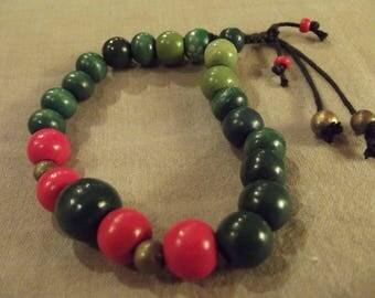shamballa bracelet ethnic Tibetan red and green