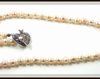 Elegant White Cultured Pearl Necklace